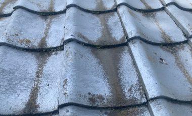 塗装が原因?瓦塗装後に雨漏りする原因と解決方法。