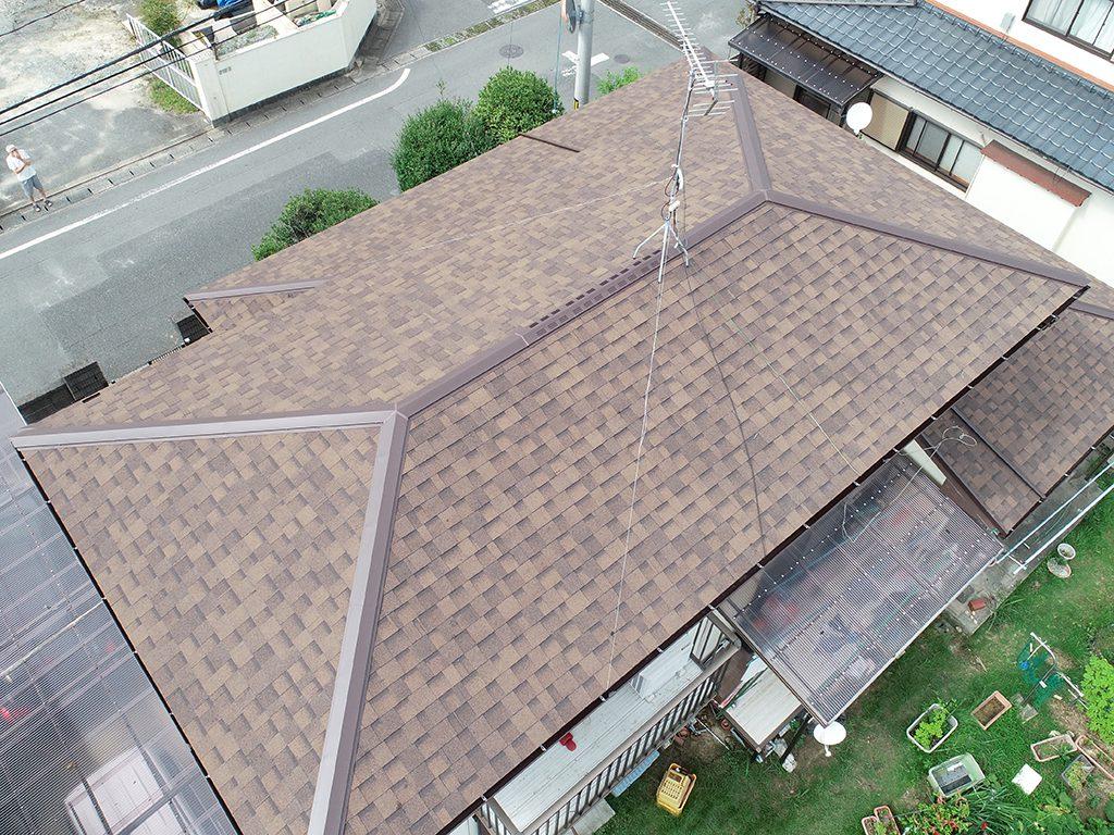 寄棟の屋根