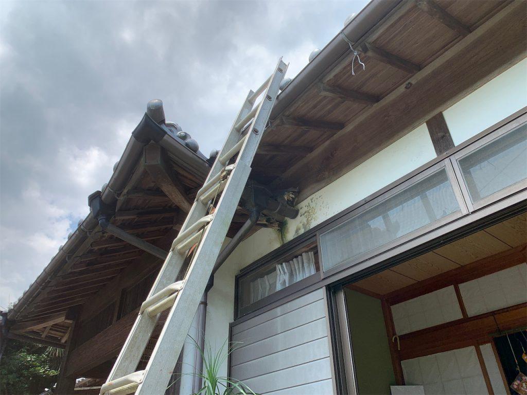 はしごの架け方